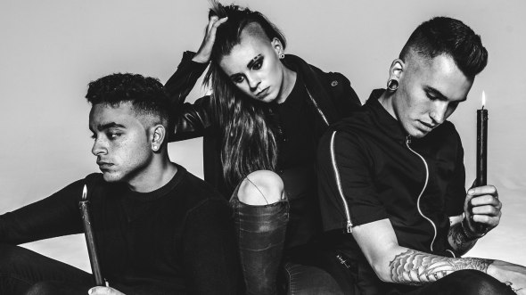 PVRIS-candles