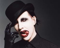 Marilyn_Manson_Top_Hat