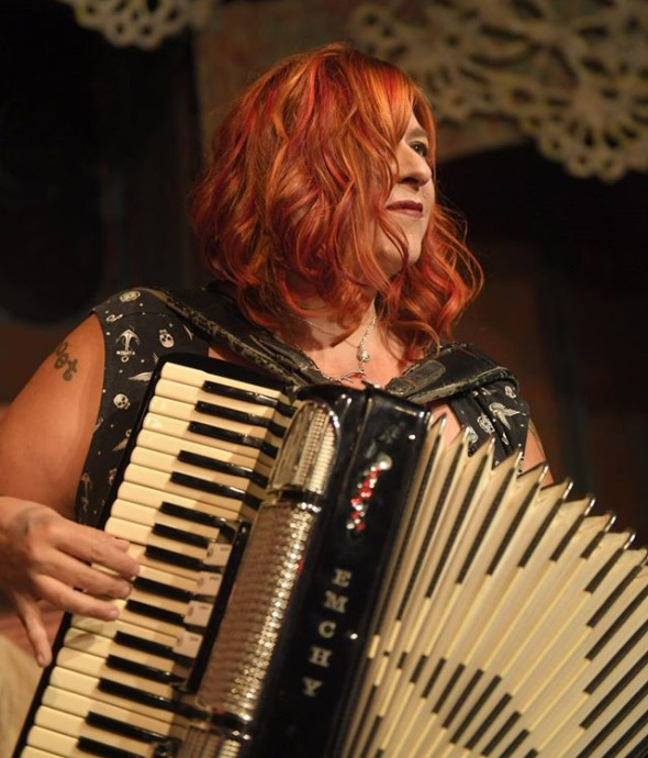 cindy-emchy-accordion-thrillpeddlers
