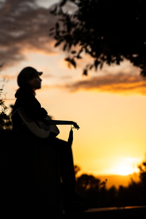 Maureen-Toth-Sunset-Horizon-Vertical